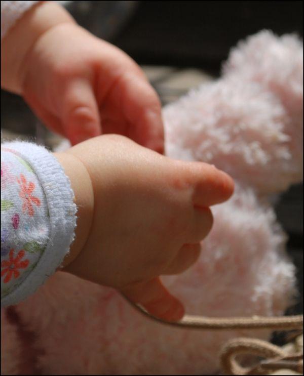 hands babies