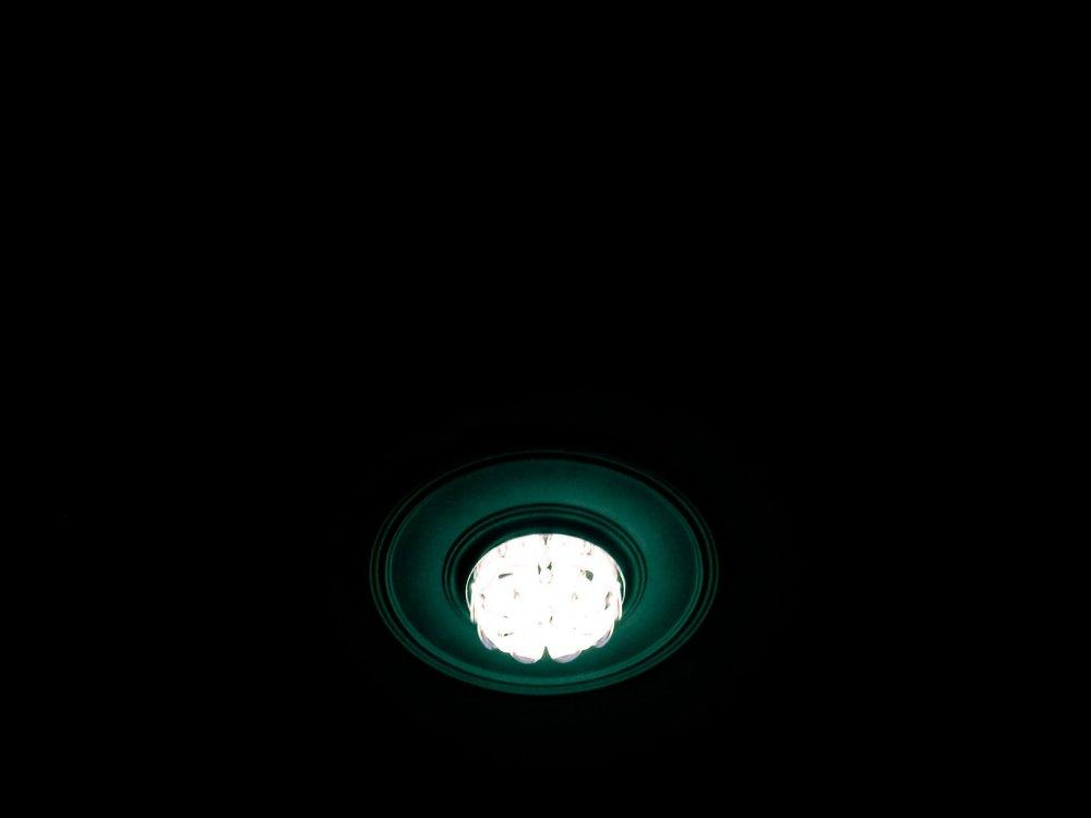 MNML 1/3 | 1 : Dark Minimal
