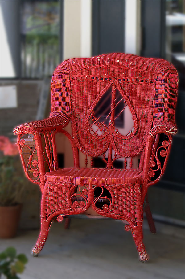 Chaise en rotin rouge