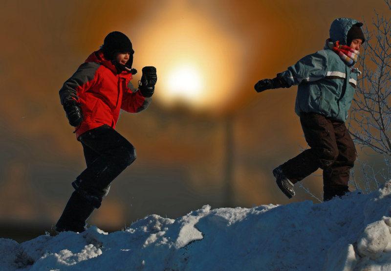 Courrage sur la colline de neige