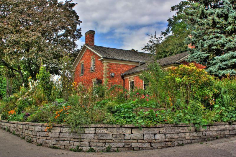 Riverdale Cottage