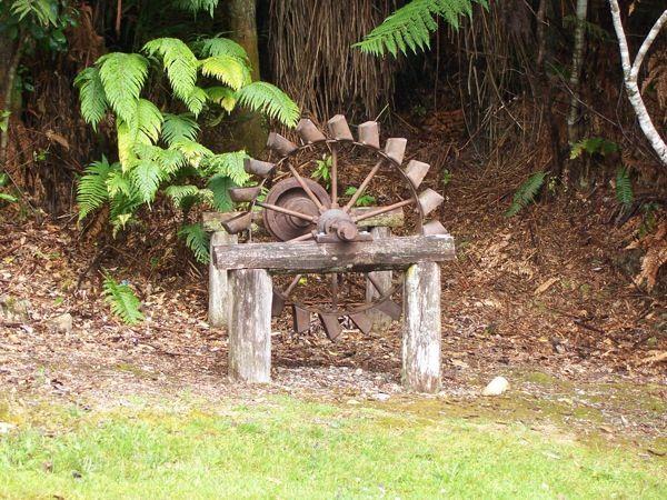 Old pelting wheel