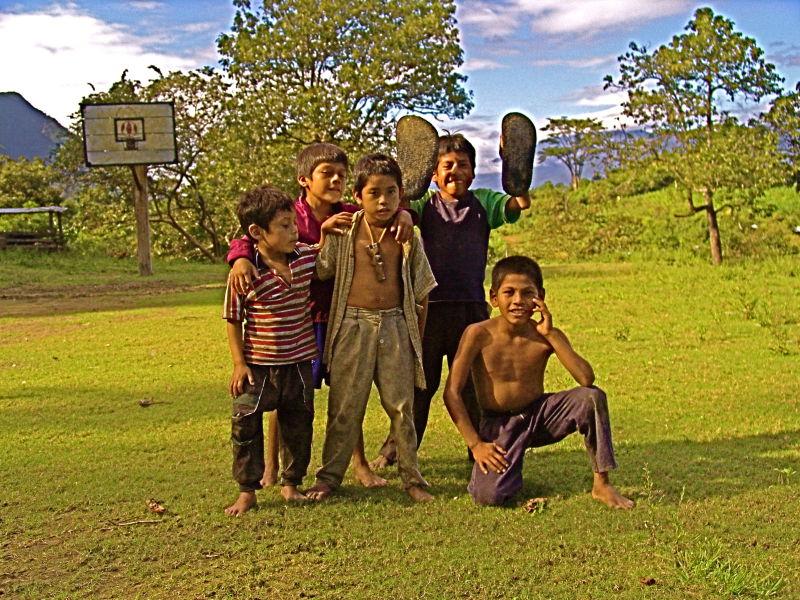 Enfants zapatistes caracol la realidad chiapas