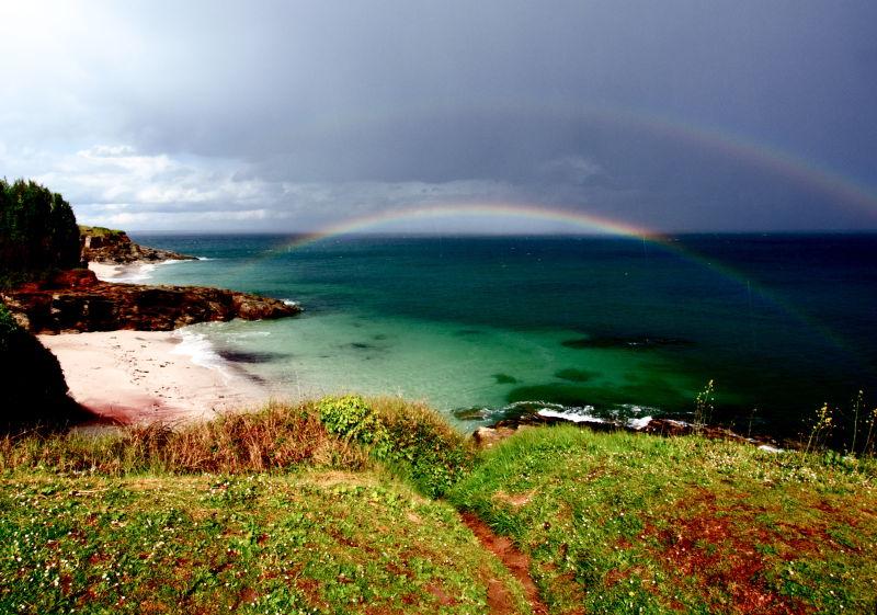 Arc en ciel sur la plage du vvf de Groix