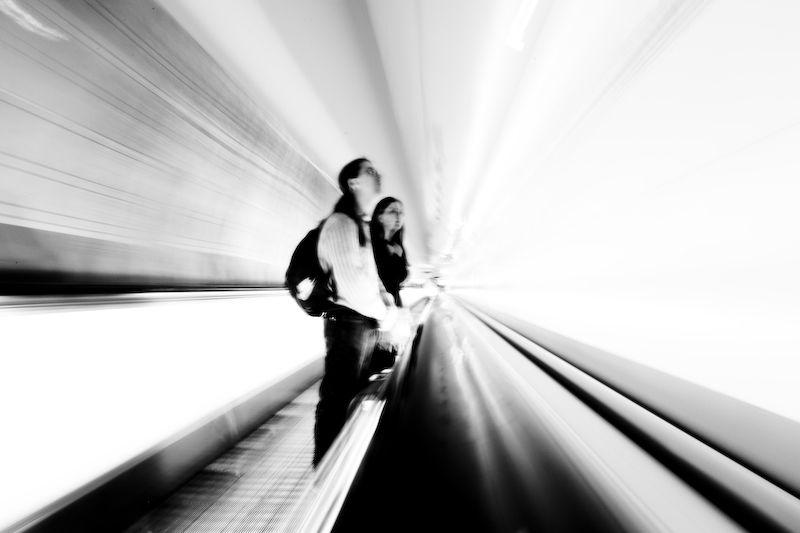 long tapis roulan gare montparnasse longue pause