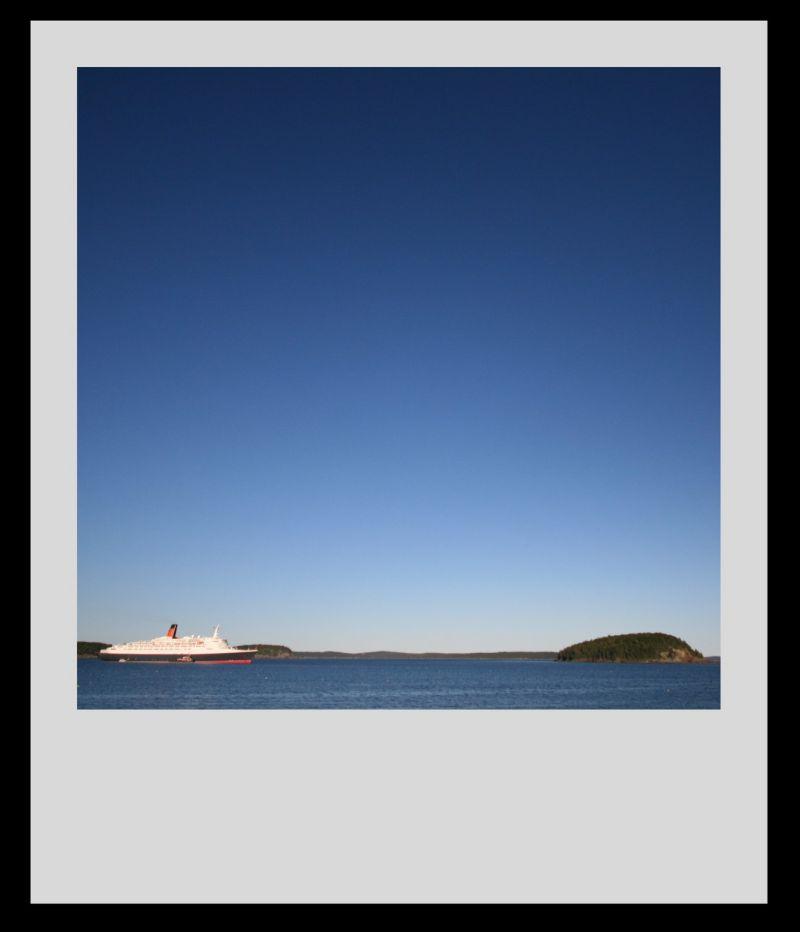 (QE2 + Island) + Fake Polaroid = Fake awthewind