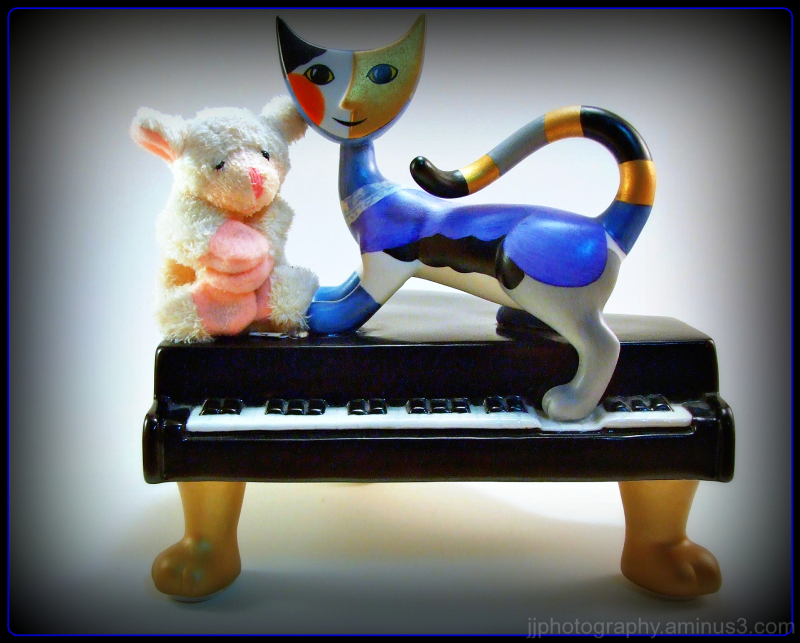 cat piano sheep