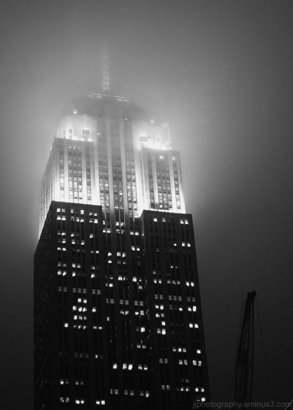 Foggy view of Empire sState Building