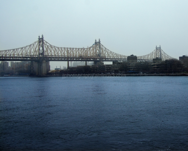The 59th Street Bridge on a dreary day
