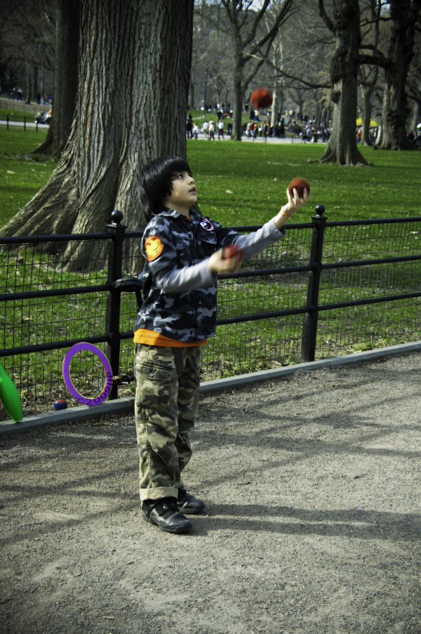 A young Juggler in Central Park