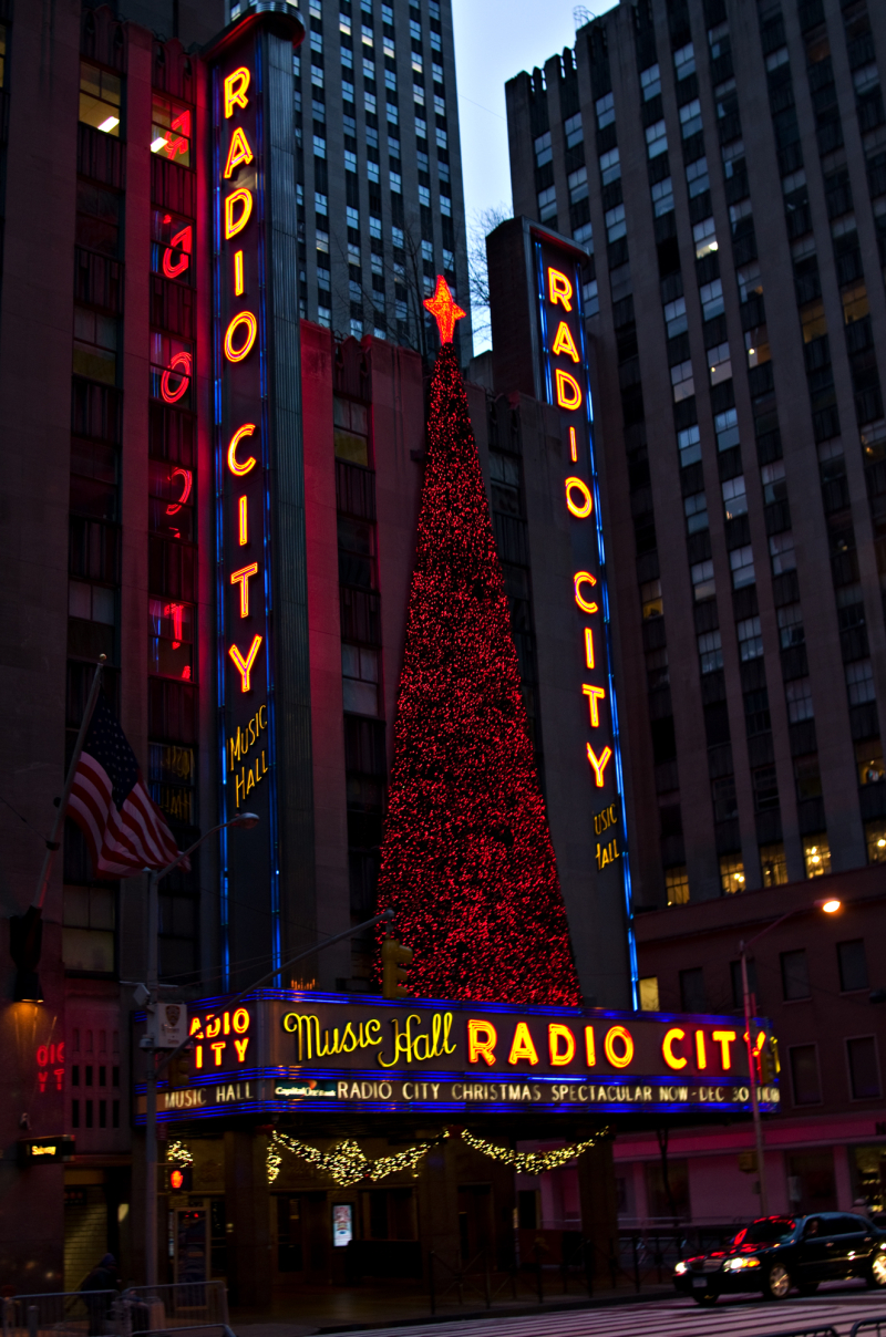 The tree ar Radio City Music Hall
