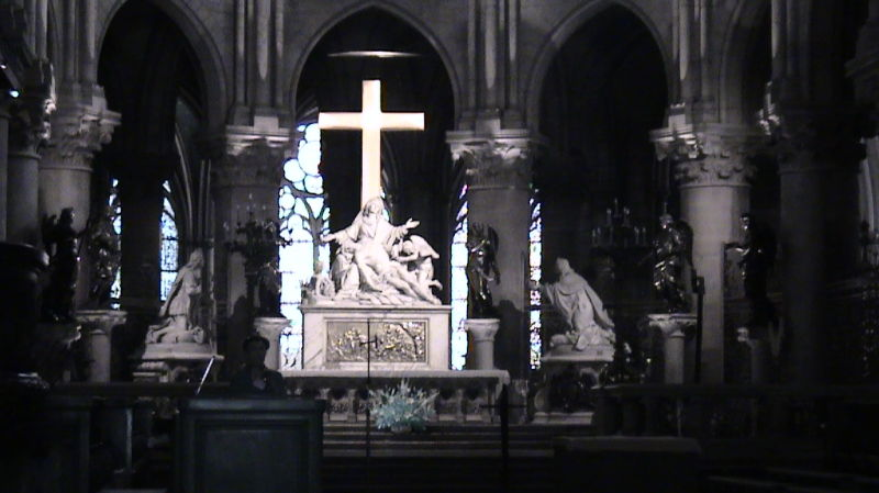 Jesus!! in a church of paris..