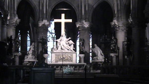 Jesus!! in a church of paris..