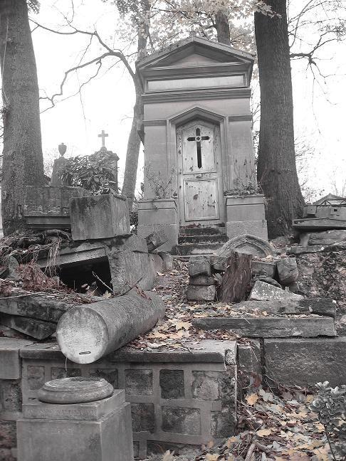 cimetière du père lachaise tombes noir blanc