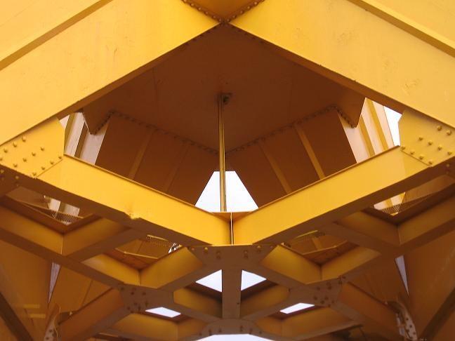 nantes grues quais port jaune industriel fer métal