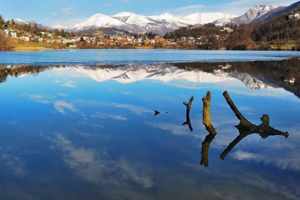 Muzzano Lake