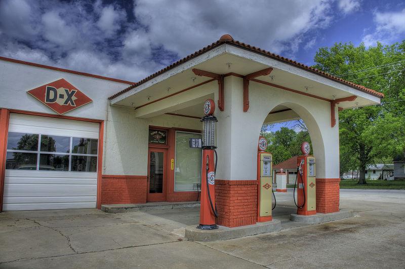D-X Station
