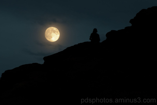 Window Moonrise (Utah 7)