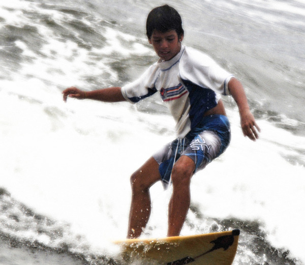 Andre Surfing Star