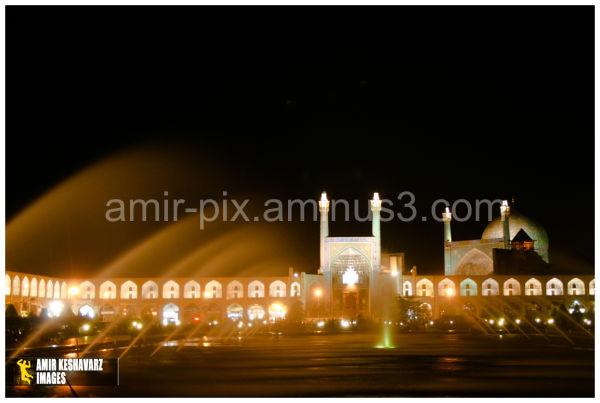Naqsh-e Jahan Square, Night View