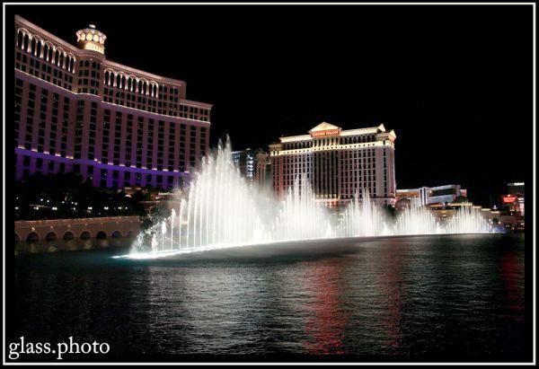 The Bellagio Fountain Show - Part 1