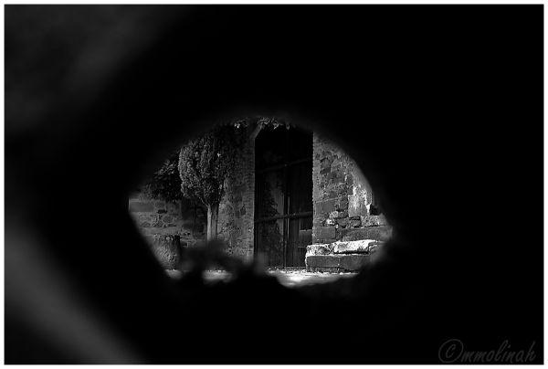 Old gates # 5 (Through the hole)