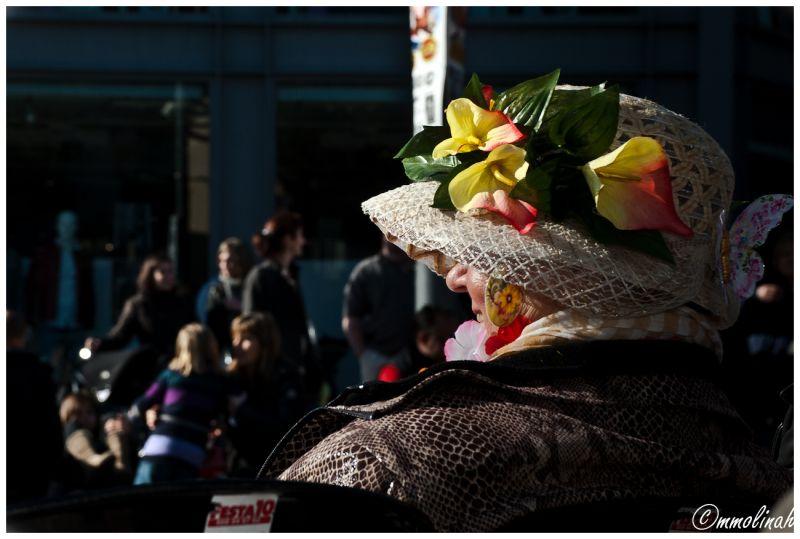 """CARNIVAL  """"hat"""""""