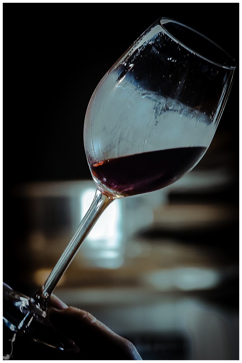 WINE'S CUP