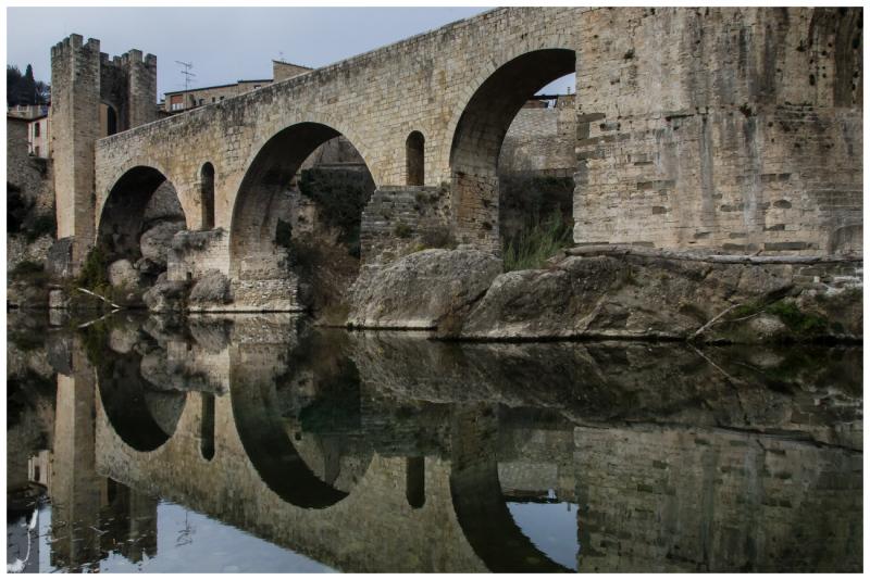 ROMANESQUE BRIDGE OF BESALU 2