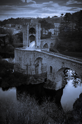 ROMANESQUE BRIDGE OF BESALU 3