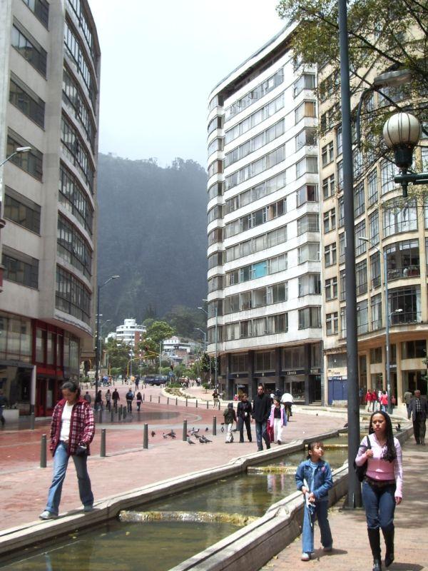 Calle en el centr de Bogota