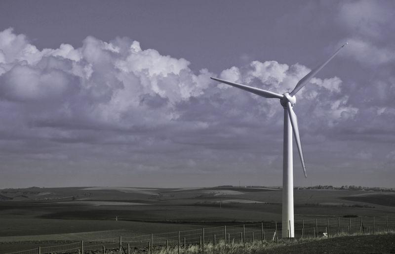 éolienne dans la campagne picarde
