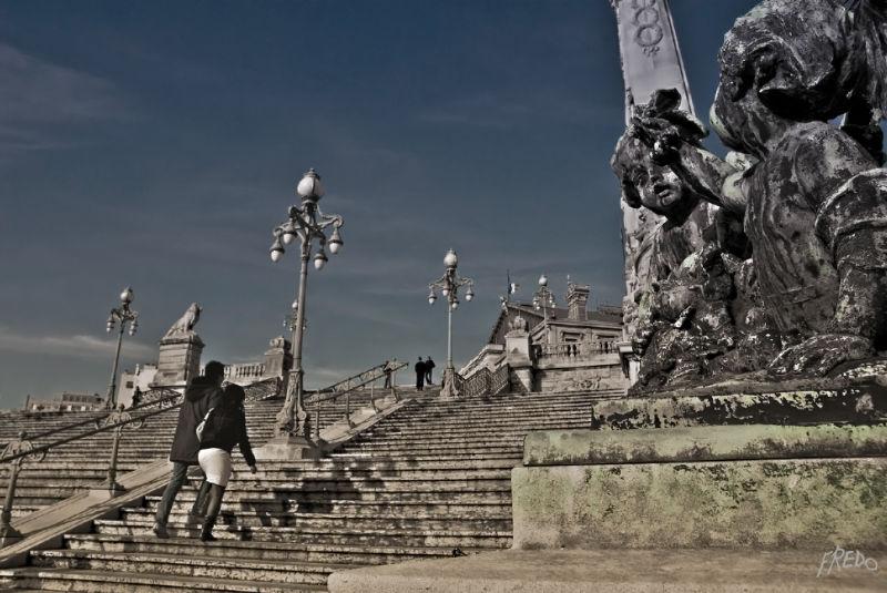 escalier de la gare de marseille