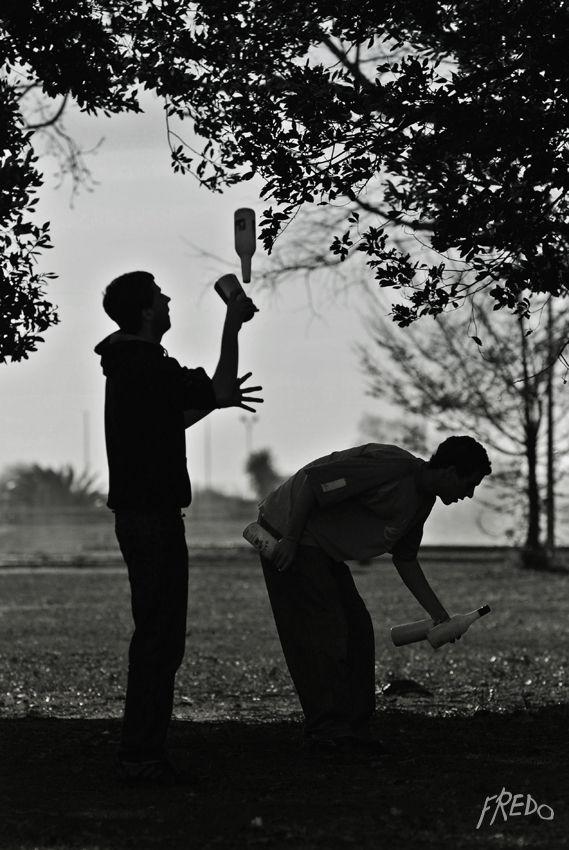 jongleur dans un parc de marseille