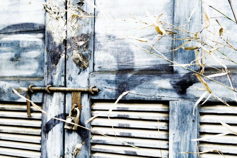 081126 - The Door
