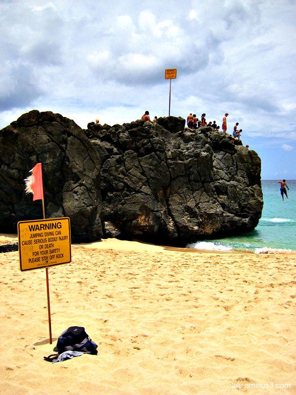 Hawaiians Misbehaving