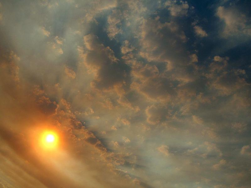 bushfire - 'angry' sky