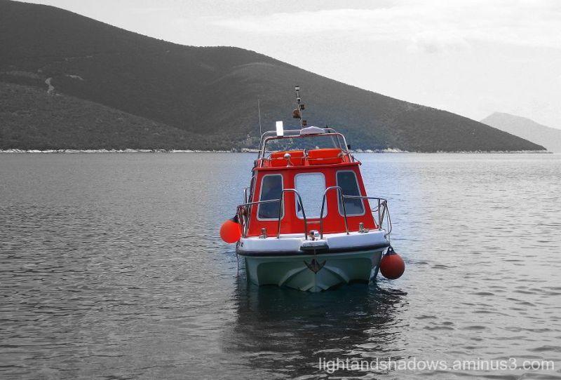 water taxi at trikeri greece