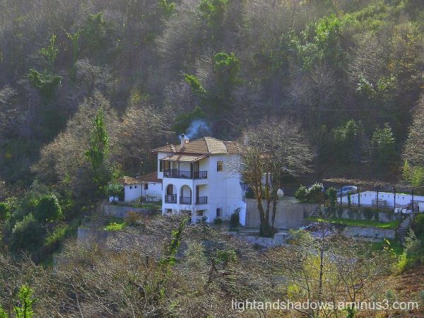 house at pelio mountain