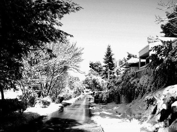 snow street at greece