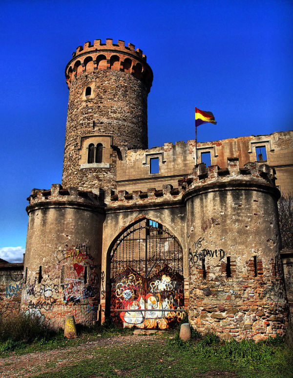 Torre Salvana, aqui grafitti, !No, gràcies!
