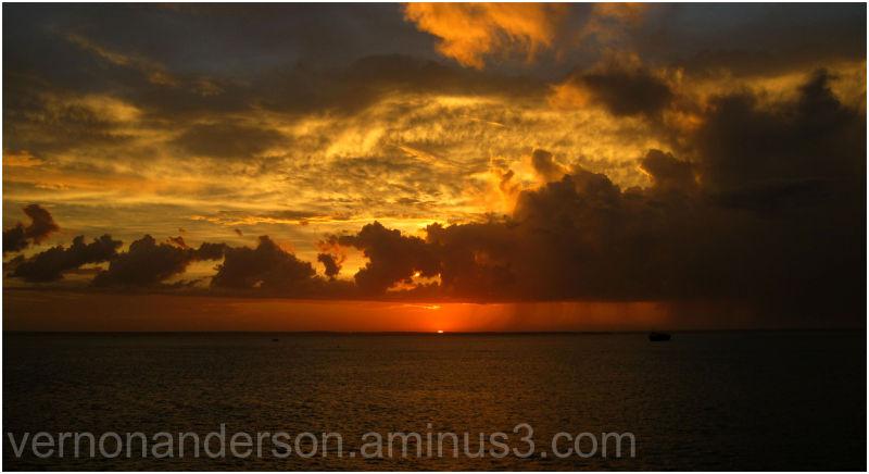 sea  sunset darwin