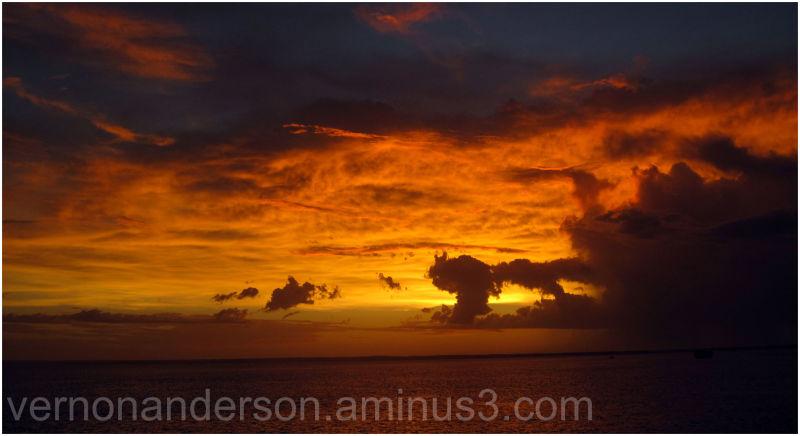 darwin sea sunset