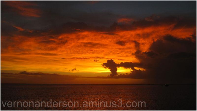 darwin sea sunset harbour