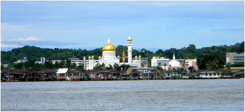 brunei darussalem mosque