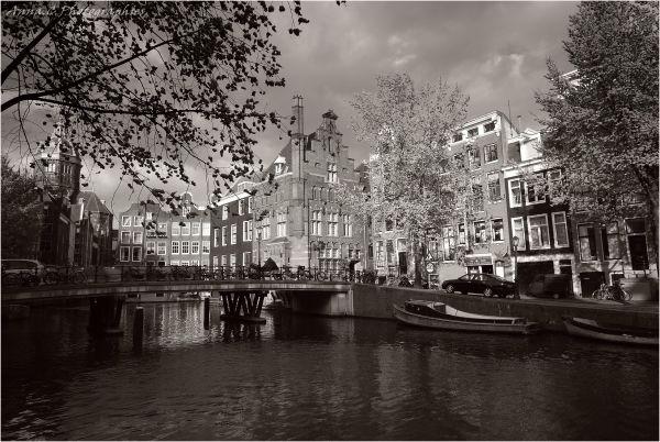 Sur les ponts d'Amsterdam...2/3
