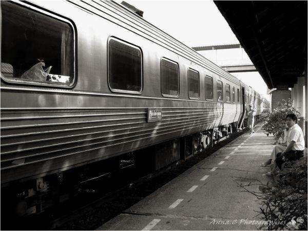Bangkok Express   3mn d'arrêt !