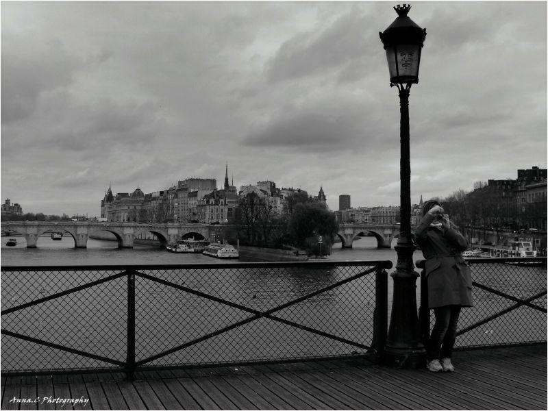 la photographe du Pont des Arts