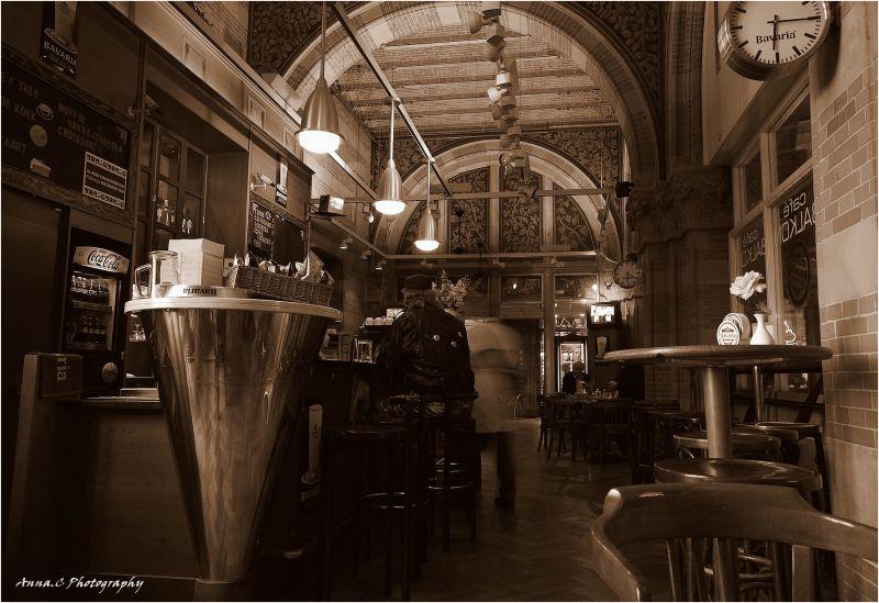 Dans les bars d'Amsterdam, y ' a des marins qui...