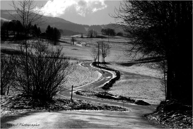 La petite route verglacée